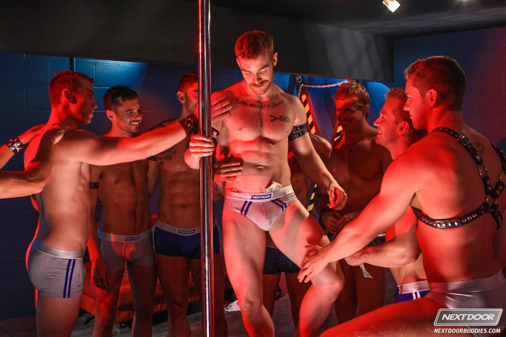 Вечеринки гей фото